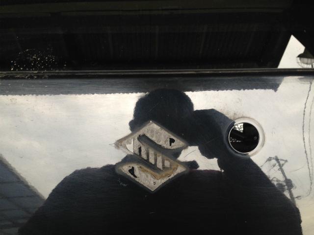 ワゴンR 板金修理 バックドア