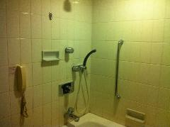 ビジネスホテル浴室再生塗装