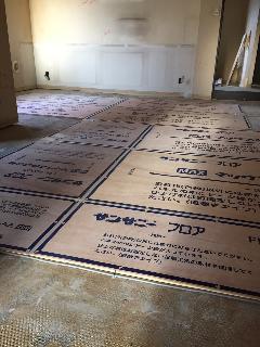 平成27年1月24日 東京都葛飾区 床暖房パネル施工