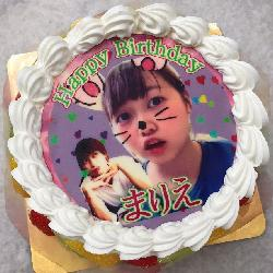 とってもキュートなかわいいケーキです!