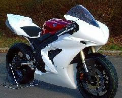 '04〜'06 YZF−R1 フルカウル<UPPER AND LOWER FAIRING>