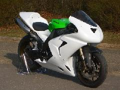 '06〜'07 ZX−10R フルカウル<UPPER AND LOWER FAIRING>