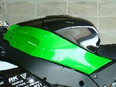 '16〜  ZX−10R タンクパッド<TANK PAD>