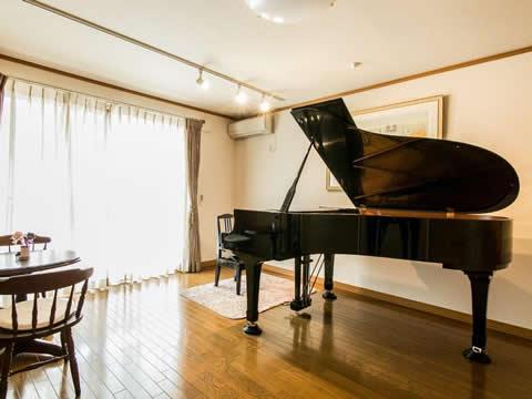 ピアノ教室のインテリアコーディネート