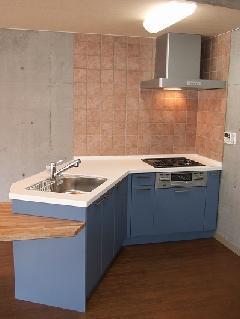 横浜市青葉区・デザイナーズマンションのオリジナルキッチン