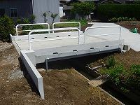 新潟市秋葉区 店舗 フェンス・塀取り付け工事