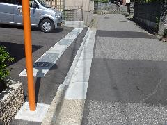 新潟県 西区 駐車場の乗り入れ工事