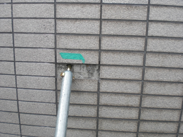 あきらめかけている外壁タイルの汚れ・・