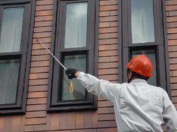 屋根や外壁の点検