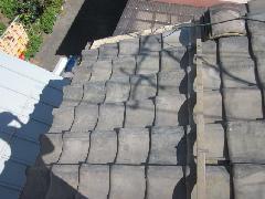 東京都杉並区の戸建て住宅で実施!雨漏り補修工事(屋根)事例