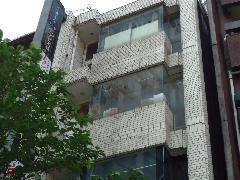 東京都港区のビルで実施!外壁清掃事例
