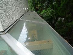 東京都小平市の戸建て住宅で実施!トップライト(天窓)清掃事例