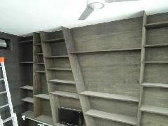 国分寺市の戸建て住宅で実施!室内ラック除塵清掃作業事例