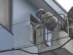 板橋区にあるマンションで実施!高所ガラス・サッシ清掃作業事例