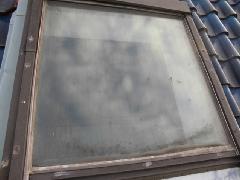 世田谷区戸建て住宅 トップライト(天窓)内外面清掃 外面