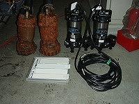 排水ポンプ交換工事 既設品と新品