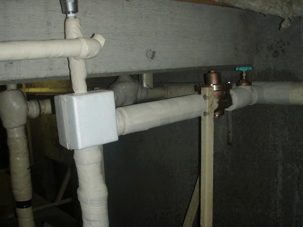 受水槽給水管 交換工事 配管工事完了