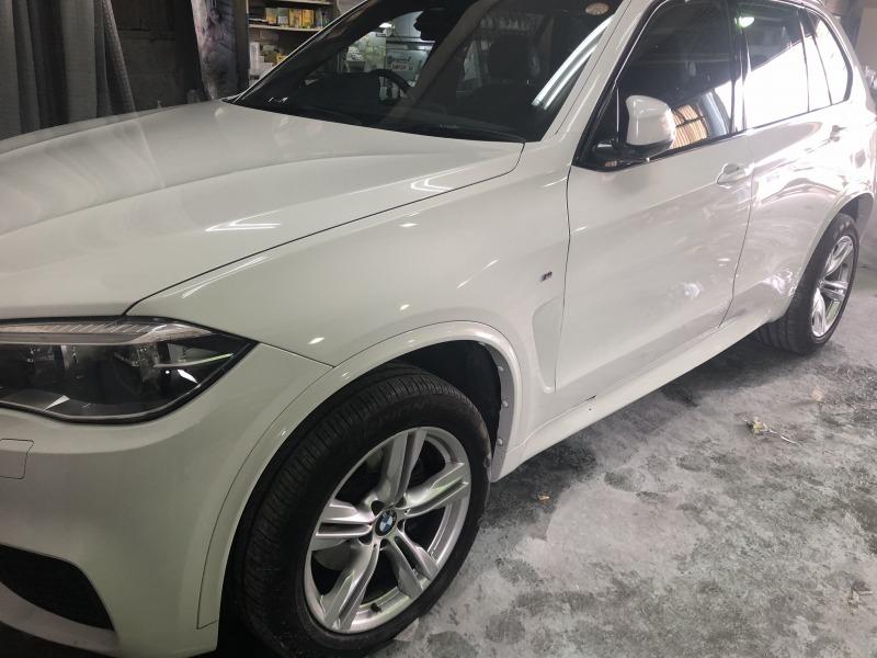 BMW バンパーキズ修理、ドア板金塗装