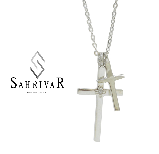 SAHRIVAR sn53s14s W Cross Necklace