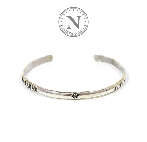 NORTH WORKS W-041 900Silver Round Cuff