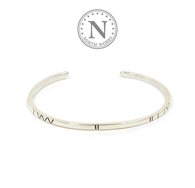 NORTH WORKS W-044 900Silver Square Narrow Cuff Bracelet