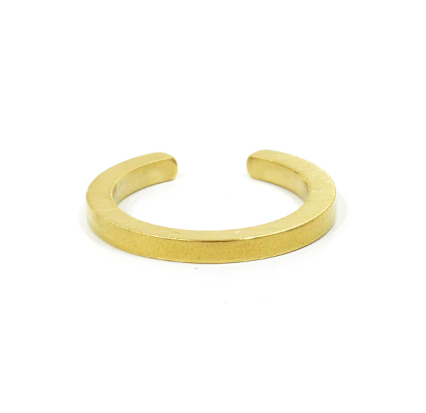"UNKNOWN. U015 "" CLUNKY "" RING / BRASS"