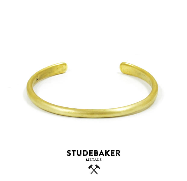 STUDEBAKER METALS CHAMPION CUFF AMERICAN BRASS/BRUSHED