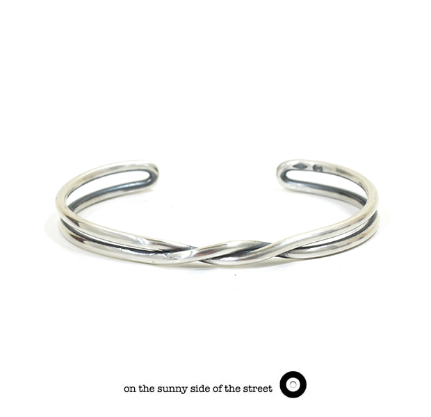 on the sunny side of the street 610-265 Silver Twist Bangle【NEW ITEM】