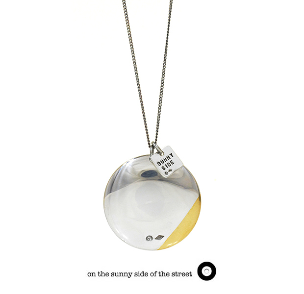 on the sunny side of the street 610-280 Silver &K18GP 30mm Button Necklace【NEW ITEM】