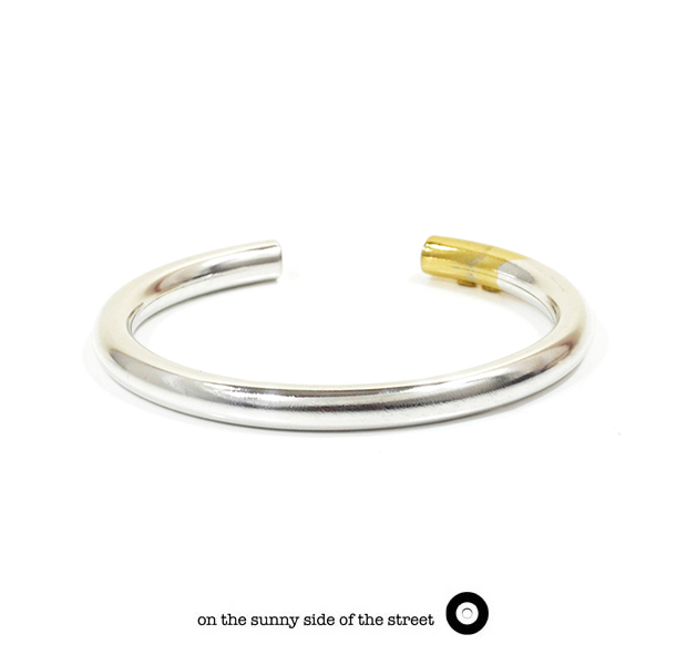 on the sunny side of the street 610-289 SilverxGold Hollow 6mm Bangle 【NEW ITEM】