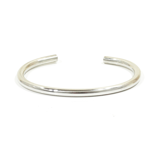 "UNKNOWN. U227 ""NORM "" 4mm BANGLE / SILVER"