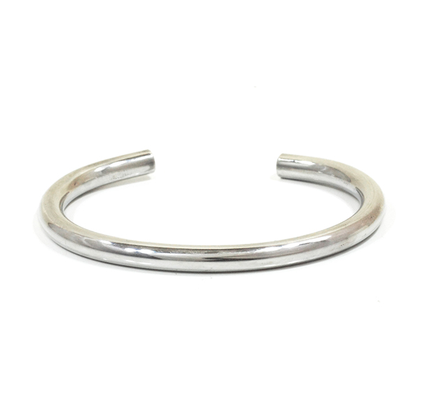 "UNKNOWN. U228 ""NORM "" 5mm BANGLE / SILVER"