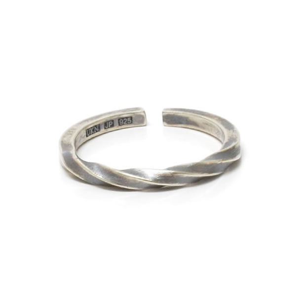 "UNKNOWN. U035 ""TWIST2"" RING / SILVER"