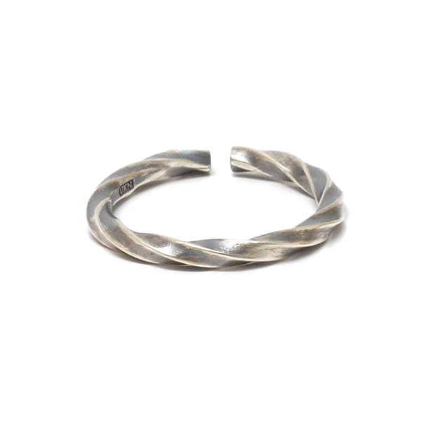 "UNKNOWN. U036 ""TWIST2"" RING / SILVER"