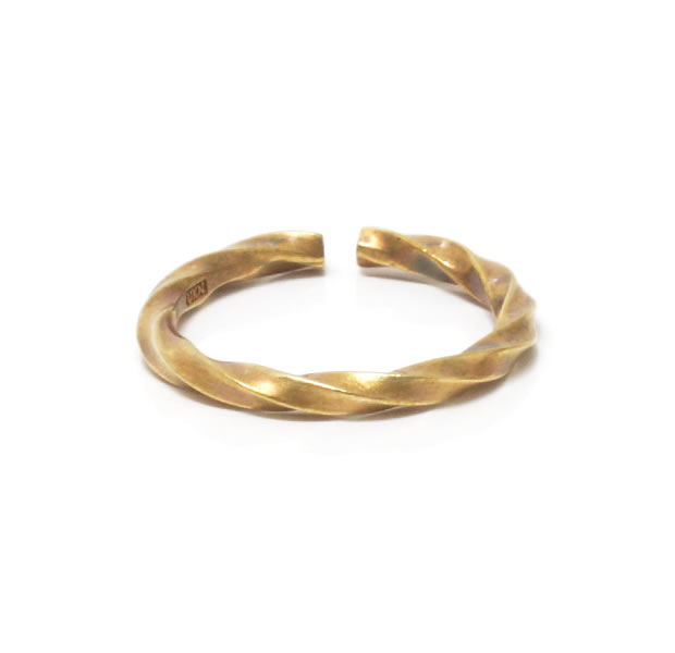 "UNKNOWN. U036 ""TWIST2"" RING / BRASS"