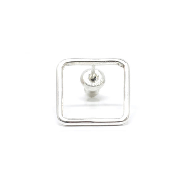 "UNKNOWN. U324 "" THIN SQUARE "" PIERCE / SILVER"