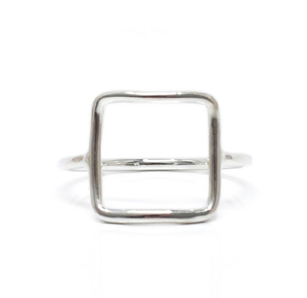 "UNKNOWN. U519 "" THIN SQUARE "" RING / SILVER"