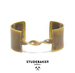 STUDEBAKER METALS EDITH CUFF BRASS
