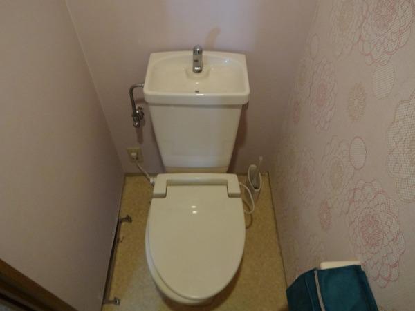 新しいにトイレ交換  施工前