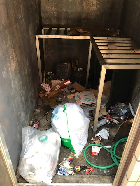 杉並区内 オフィスビル ゴミ置場清掃