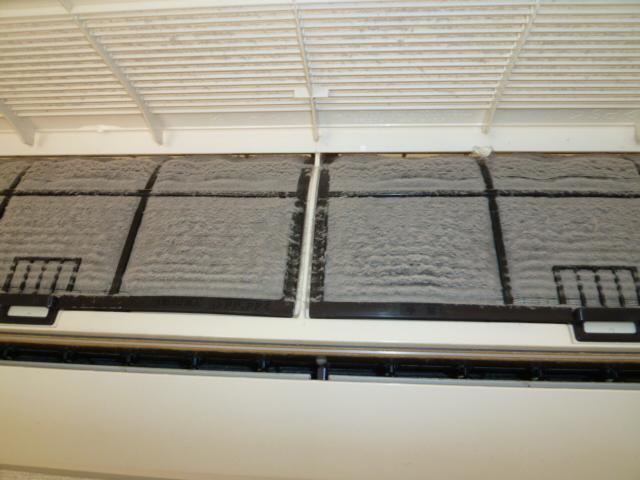 杉並区高井戸 マンション エアコン内部洗浄
