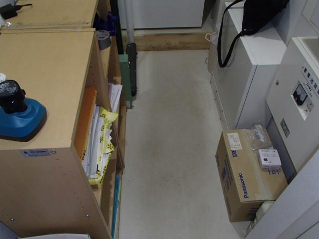 杉並区今川 マンション管理室 床面清掃