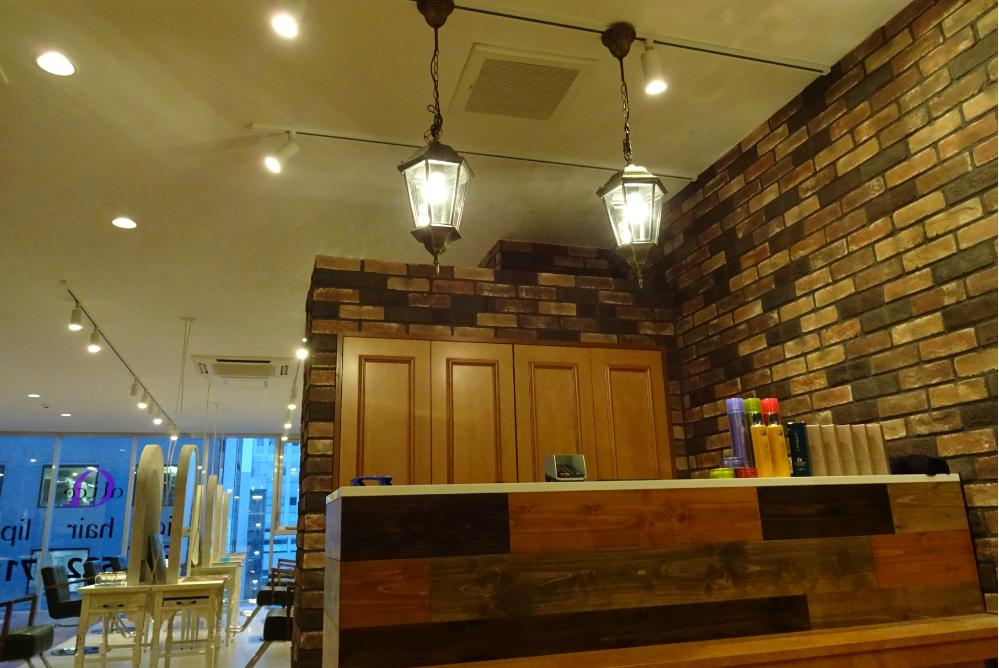 オシャレ 美容室 サロン 内装デザイン リフォーム カウンター 改装 店舗デザイン