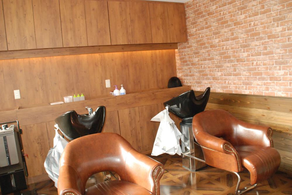 サロン 美容室 オシャレ リフォーム 店舗 改装 かわいい シャンプー台 デザイン 内装デザイン
