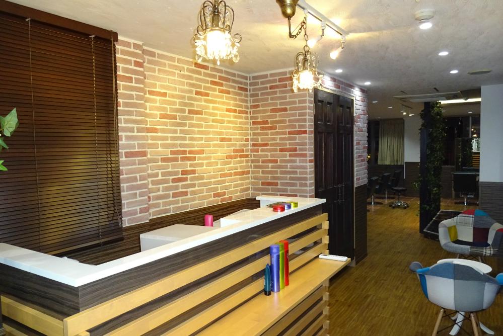 サロン 美容室 オシャレ リフォーム 店舗 改装 かわいい カウンター デザイン 内装工事 内装デザイン