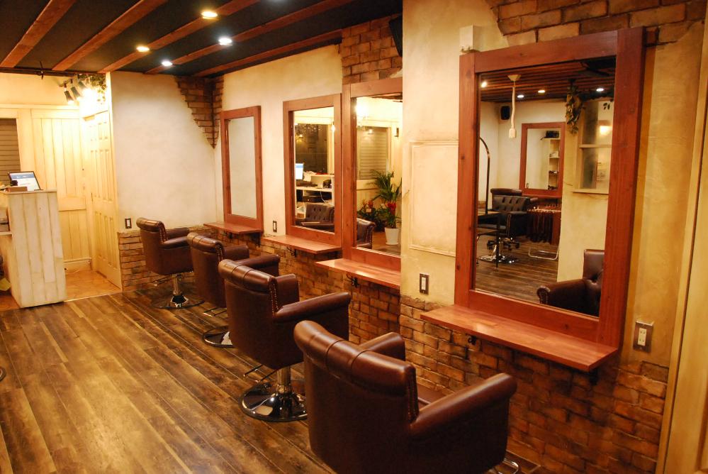 サロン 美容室 オシャレ レンガ レンガ調 リフォーム 店舗 改装 かわいい デザイン 内装デザイン 店舗デザイン 店舗リフォーム