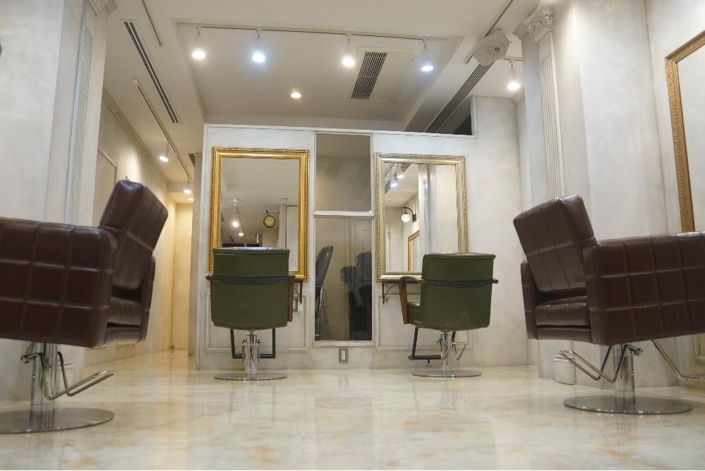サロン 銀座サロン 銀座 美容室 オシャレ リフォーム 店舗 改装 かわいい 鏡 椅子 デザイン 内装デザイン 店舗デザイン 店舗リフォーム