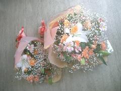 カサブランカとバラとメリアの花束(お父様用のブートニア付き)