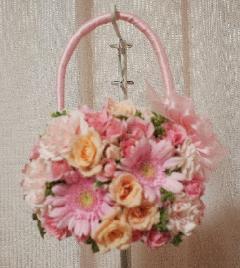 バラとガーベラのバッグブーケ