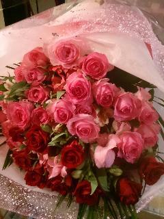 バラ30本とメリアのラブリー花束